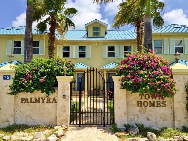 Palmyra Townhomes – Turks + Caicos