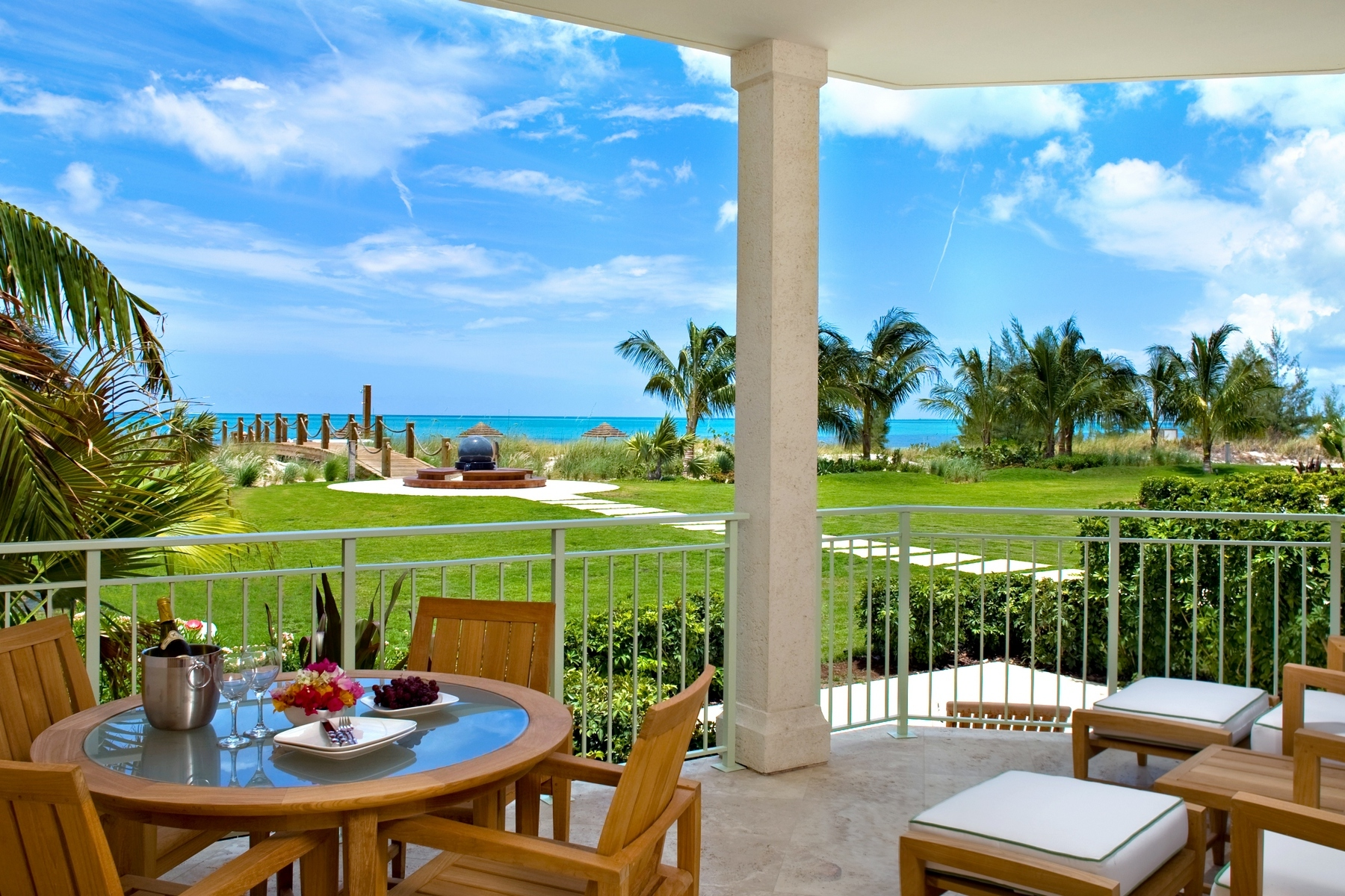 West Bay Club, Grace Bay Resorts